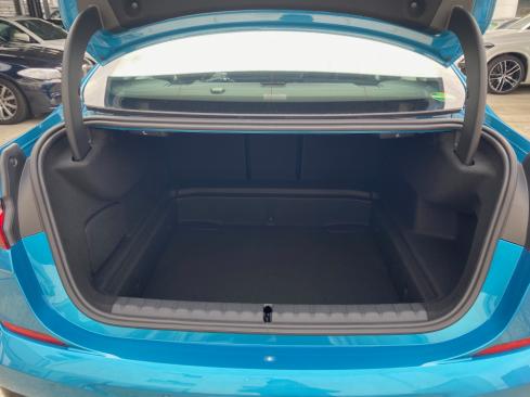 BMW M235i xDrive グラン クーペのラゲッジルーム