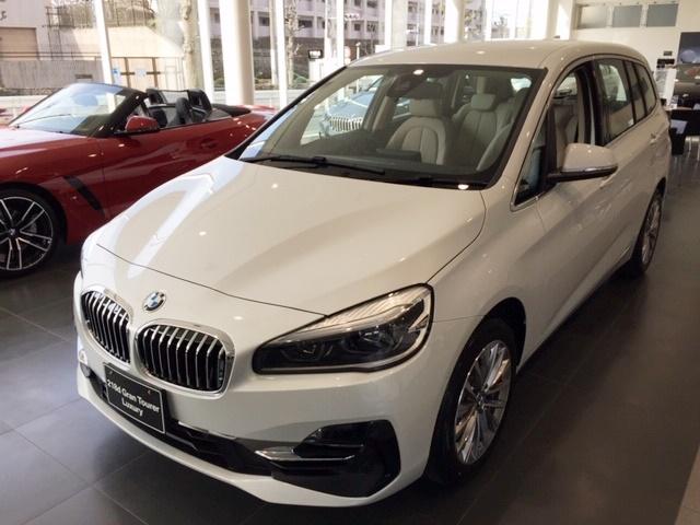 BMW 218i グラン ツアラー Luxury