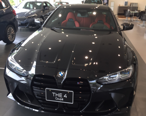 BMW M4 クーペ Competition フロント
