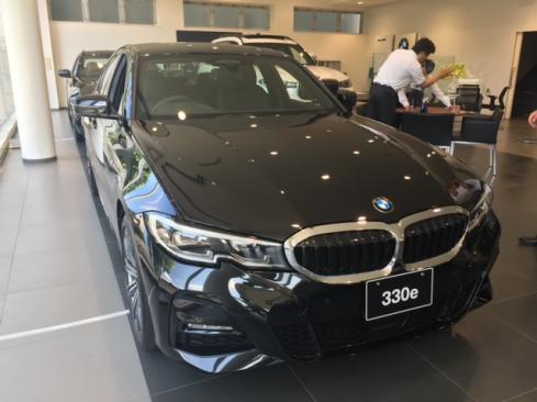 BMW 330e M Sport Edition Joy+