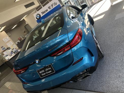 BMW M235i xDrive グラン クーペの後ろ