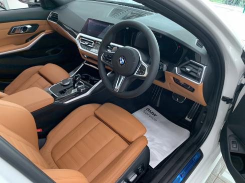 NEW BMW 3シリーズ ツーリングのインテリア