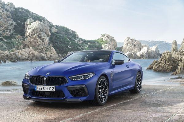 BMW M8 クーペ