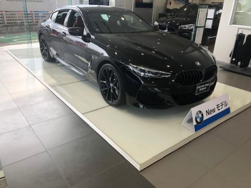 BMW 8シリーズ グランクーペのサイド