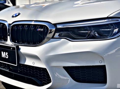 BMW M5のエクステリア