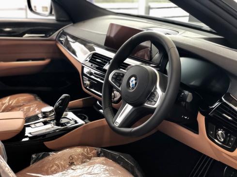 BMW 630i グランツーリスモ M Sportのインテリア