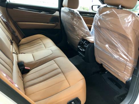 BMW 630i グランツーリスモ M Sportのシート