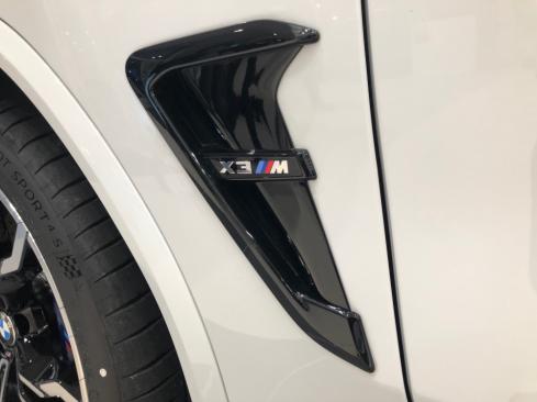 BMW X3 M Competitionの横