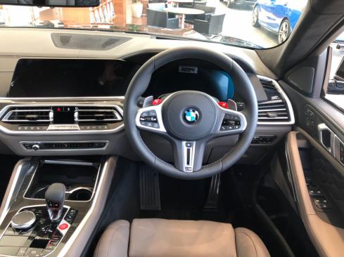 BMW X6 M Competitionのインテリア