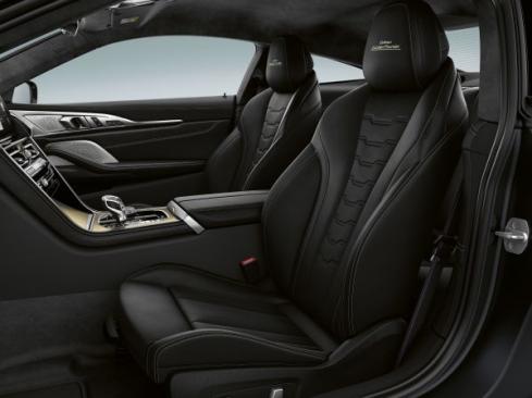 BMWのEdition Golden Thunderのインテリア