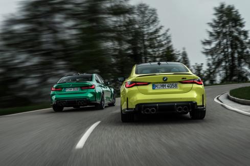 新型BMW M3および新型BMW M4の後ろ
