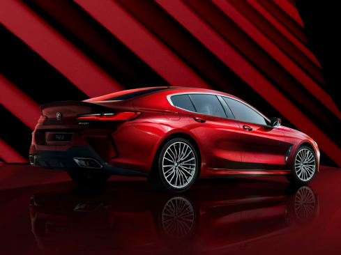 BMW 8 Series Gran Coupe Collector's Edition レッド