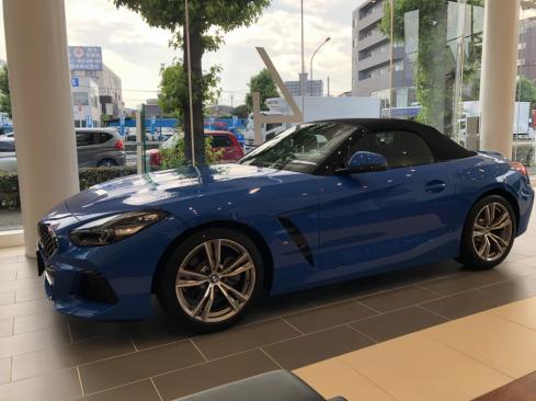 BMW Z4 sDrive20i M sport 横