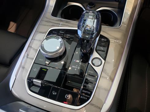 BMW X7 M50iのセンターコンソール