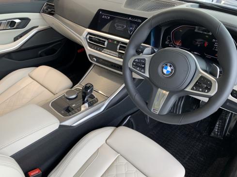 BMW 320d xDrive Touring M Sportのインテリア
