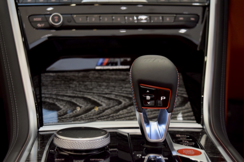 BMW M8 Cabriolet Competitionのインテリア