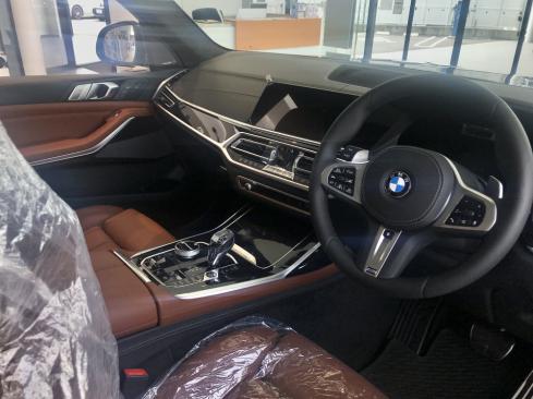 BMW X7 M50iのインテリア