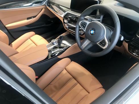 BMW 530i M Sportのインテリア