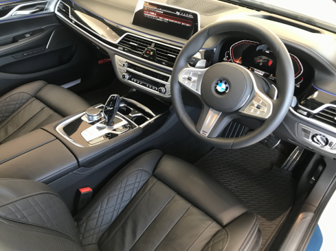 BMW 740d xDrive M Sportのインテリア