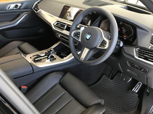 BMW X5 xDrive35d M Sportのインテリア